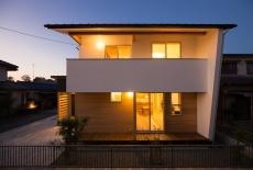 三重県(伊勢市)の注文住宅実例 O様邸 木と白壁の家
